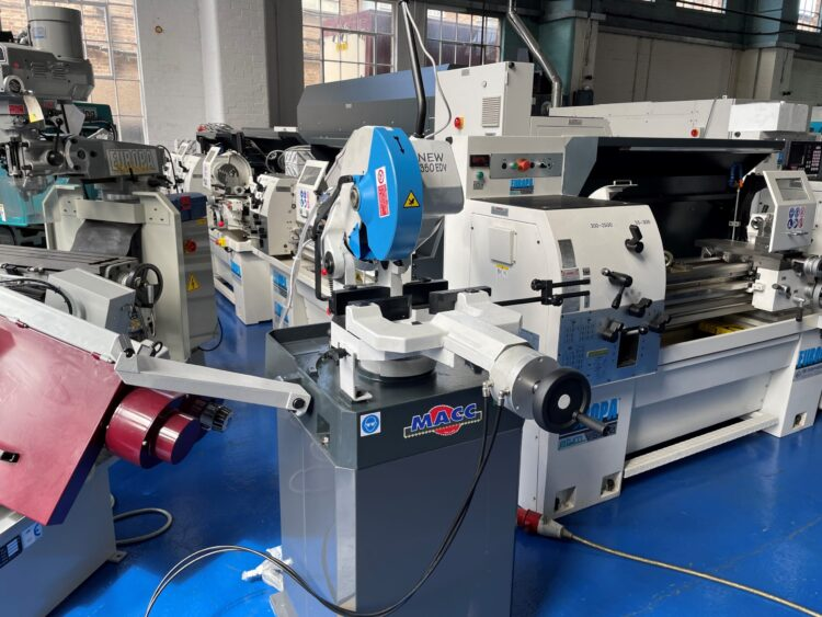 Macc 350 EDV so stainless steel sawing